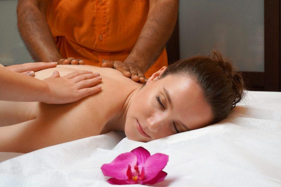 Abhyanga (Ayurvedic Oil Massage)
